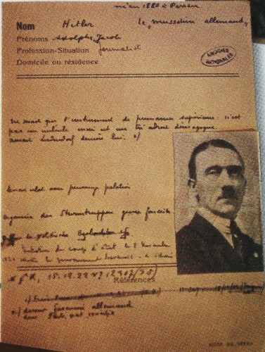 Hitler RG.JPG